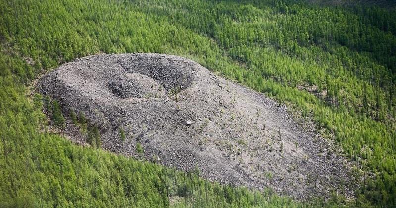 Cratera Patomskiy